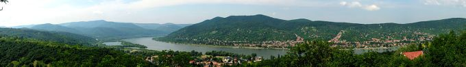 Danube Bend at Visegrad courtesy of Phillipp Weigell